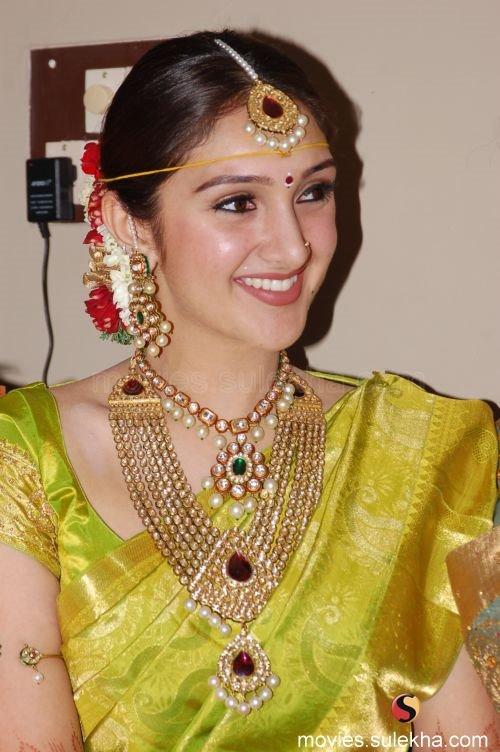 Sridevi Vijaykumar Sridevi Vijaykumar Photos Sridevi Vijaykumar Photo